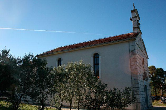 Filijalna crkva sv. Ante u Rakovom Selu